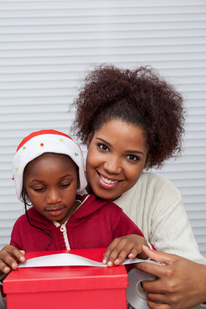 30 35 years: Portrait of mother and daughter smiling Stock Photo