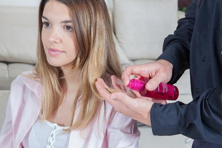 wetting: woman in the hair salon