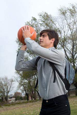 20 25 years old: Man playing basketball