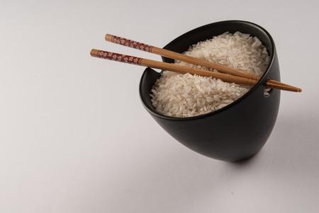 plato del buen comer: Bol de arroz  Foto de archivo