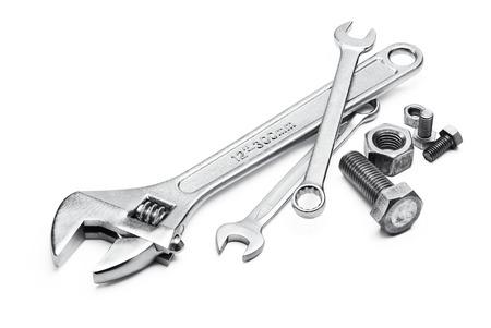 tuercas y tornillos: varios tipos de llaves con pernos y tuercas Foto de archivo