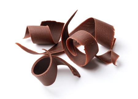 Groep van donkere chocolade schaafsel op wit wordt geïsoleerd Stockfoto - 48118679