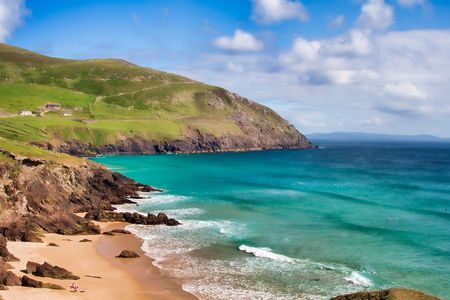 dunquin: Beautiful and green landscape in Dunquin bay, Ireland