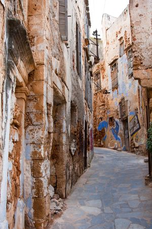 kreta: Old medieval streets in Chania city in Crete, Greece