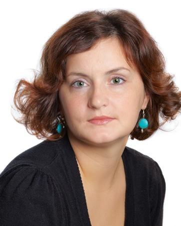 Portrait einer 30-jährigen Frau, Blick in die Kamera, gekleidet mit schwarzen Spitze. Lizenzfreie Bilder