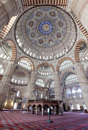 Turkey, Edirne, Interno della Moschea Selimiye. Il patrimonio mondiale dell'UNESCO della Moschea Selimiye, costruito da Mimar Sinan Nel 1575