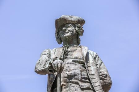 Statua del drammaturgo italiano Carlo Goldoni, Venezia, Italia