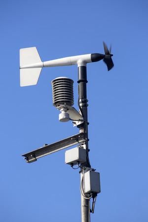 Revolving anemometro a palette, uno strumento meteorologico utilizzato per misurare la velocit� del vento