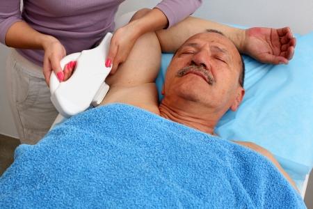 axila: L�ser de depilaci�n en estudio profesional