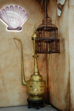 Decoration set consisting of oriental lamp and bird cage, represents eastern motives Banco de Imagens