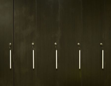 handler: wood texture with key lock shelf handler