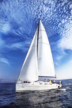 Een kleine reis aan de zwarte zee aan het einde van de zomer