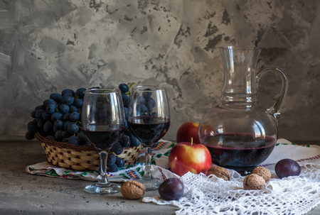 two glasses of wine with fresh grapes Stock fotó