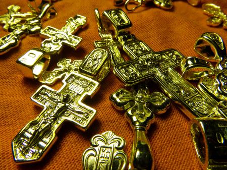 cielo: cruces de plata