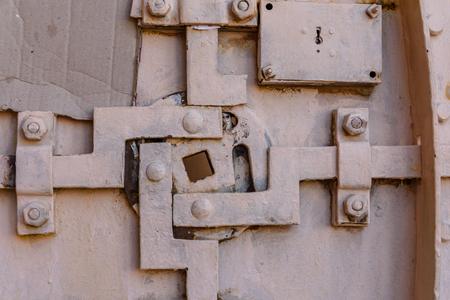 Closeup of the old door locking system 版權商用圖片