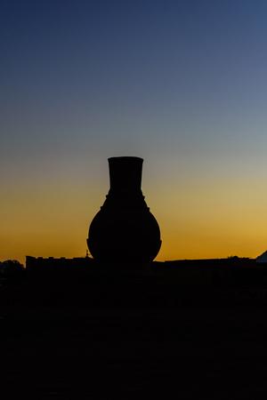 Sunset in arabian desert not far from Hurghada city, Egypt Standard-Bild - 124405872