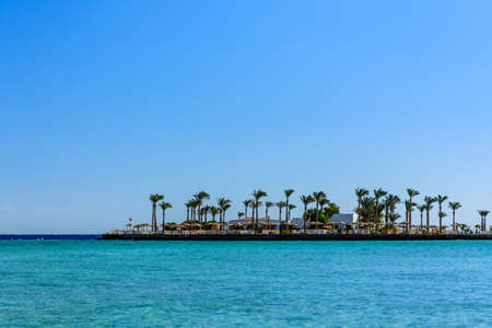 Panoramic view on Red sea. Summer vacation 免版税图像