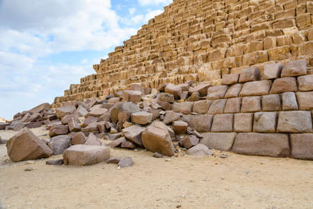 Closeup view on great pyramid of Cheops in Giza plateau. Cairo, Egypt Banco de Imagens