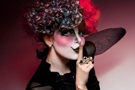 m�mica: mujer mime con maquillaje teatral Foto de archivo