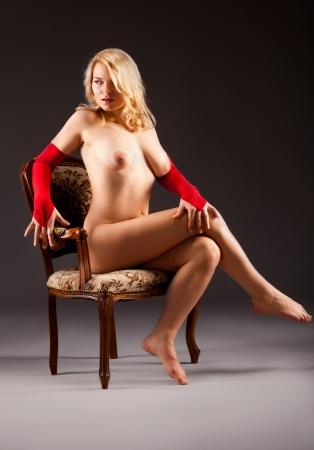mujeres jovenes desnudas: mujer desnuda atractiva Foto de archivo