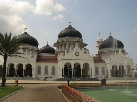 pacification: Baiturrahman Grand Mosque, Indonesia