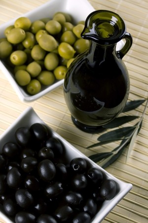 Bottle of olive oil with green and black olives Stock Photo - 4403966
