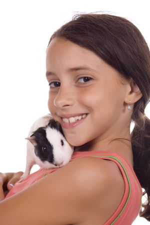 świnka morska: Młoda dziewczyna gospodarstwa świnka morska odizolowane na białym