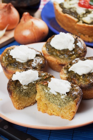 pone: Corn pone filled with spinach and sour cream