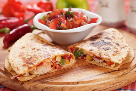 chicken meat: Mexican quesadillas with chicken meat, cheese and vegetables