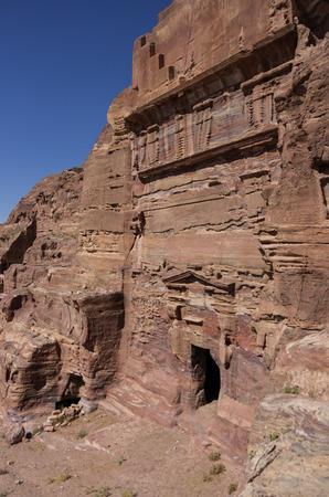 tumbas: Una de las tumbas reales sin nombre. Petra, Jordania. Nadie