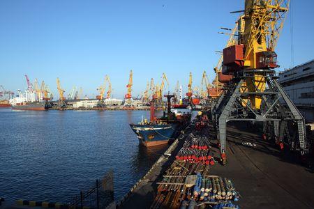 odessa: Cranes for heavy transport in the harbour of Odessa, Ukraine