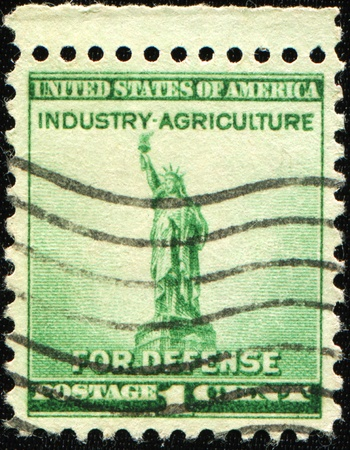 UNITED STATES - CIRCA 1940: stamp printed by United states, shows Statue of Liberty, circa 1940 photo