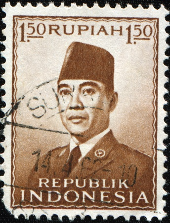 sukarno: INDONESIA - CIRCA 1962: A stamp printed in Indonesia shows Sukarno, born Kusno Sosrodihardjo was the first President of Indonesia, circa 1962 Editorial