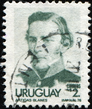 unc: URUGUAY - CIRCA 1976: A stamp printed in Ururguay shows general Jose Gervasio Artigas, circa 1976 Editorial