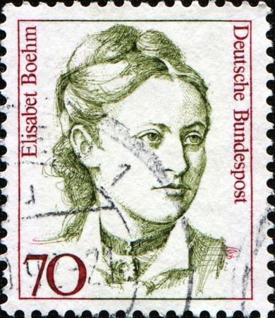 feministische: DUITSLAND - CIRCA 1991: Een stempel gedrukt in de Bondsrepubliek Duitsland blijkt Elisabeth Boehm Duitse feministische, schrijver, oprichter van de eerste landwirtschaftlichen Hausfrauenvereins (