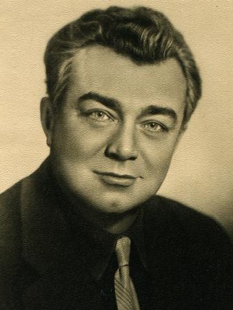 mikhail: USSR  - CIRCA 1962  Postcard printed in the USSR shows actor Mikhail Kuznetsov, circa 1962
