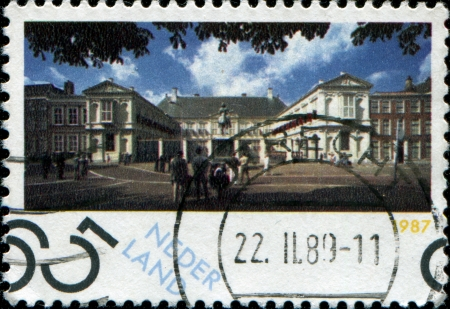 beatrix: NETHERLANDS - CIRCA 1987: A stamp printed in Netherlands shows Noordeinde Palace, Working Palace for Queen Beatrix, Hague, circa 1987
