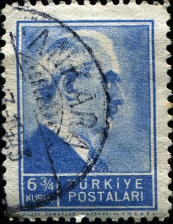 mustafa: TURKEY - CIRCA 1942  A stamp printed in Turkey shows President Mustafa Ismet Inonu, circa 1942