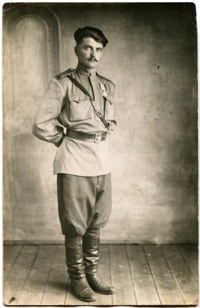 luitenant: Luitenant van het Sovjetleger, werd bekroond met twee medailles van de Sovjet-Unie, het einde van de jaren 1940