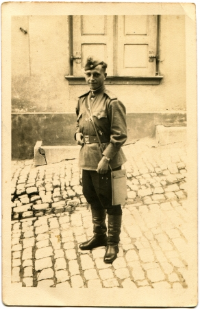 lieutenant: Portrait of the Soviet Army lieutenant, standing on the street, Germany, 1946