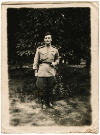 luitenant: IRAK - CIRCA 1946 Luitenant het Sovjet-leger, Irak, circa 02 maart 1946