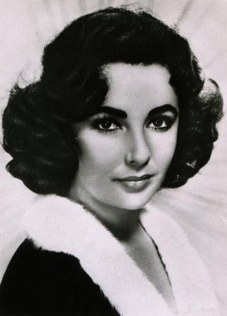 USSR  - CIRCA 1960  Postcard printed in the USSR shows actress Elizabeth Rosemond Taylor, circa 1960