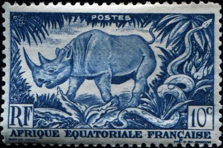 África Ecuatorial Francesa - CIRCA 1947 Un sello impreso en el África Ecuatorial Francesa Gabón ahora muestra rinoceronte negro, alrededor del año 1947