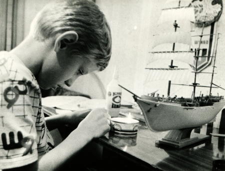 gathers: teen gathers model sailboat, Lugansk, Ukraine 1993