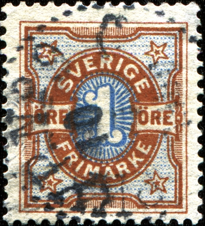 stempeln: SWEDEN - CIRCA 1891: A stamp printed in Sweden shows inscript 1 ore, circa 1891 Editorial