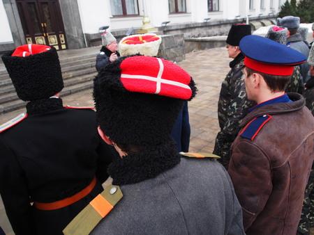 ウクライナ、ルガンスク - 様々 なコサック団体やクラブ ルガンスクで 2013 年 2 月 9 日参加者伝統的な日曜日の開始前に感謝の気持ちでこの提案が受