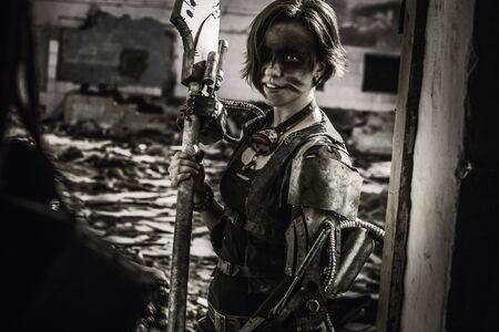 Śliczny wojownik z pustkowi wchodzi do walki Zdjęcie Seryjne