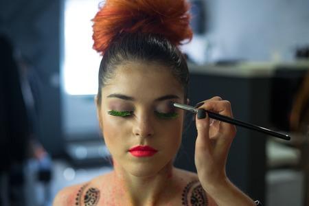 Body Art make-up to sexy fashion modell