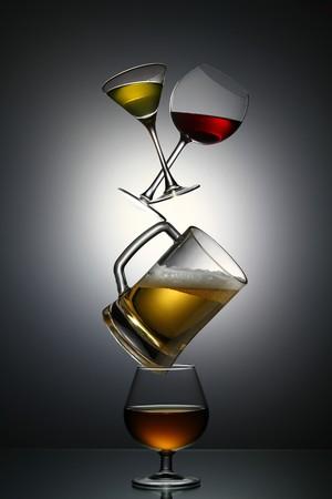 bebidas alcoh�licas: Pir�mide de bebidas alcoh�licas