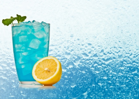 blue hawaiian drink: Blue Hawaiian cocktail